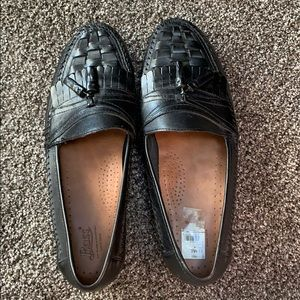 Bass Shoes - Men's Bass Leather Loafer with Tassle